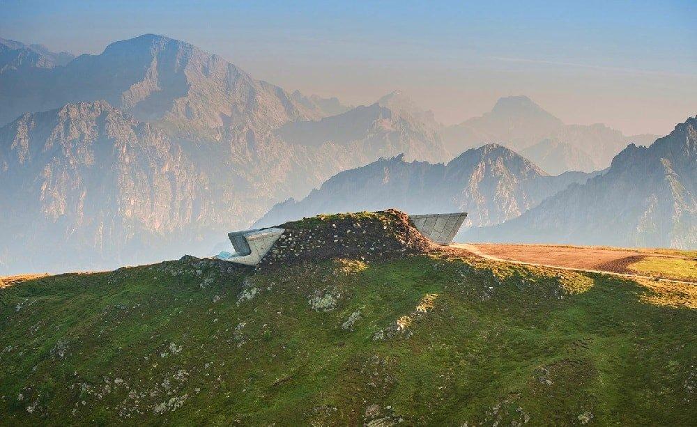 Museo de la Montaña Messner zaha hadid