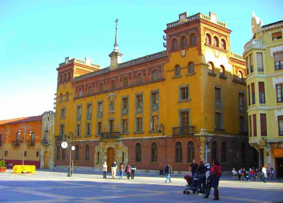 Palacio episcopal de leon