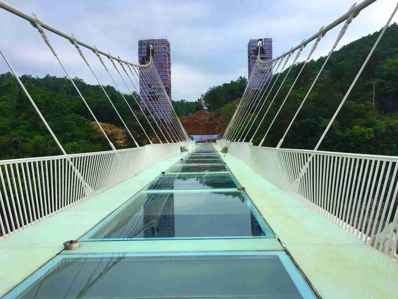 Zhangjiajie Grand Canyon Glass Bridge2